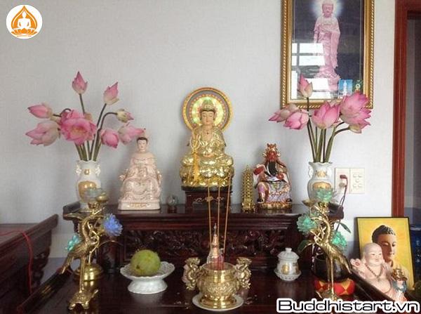 co-nen-tho-tuong-phat-trong-nha-khong-3