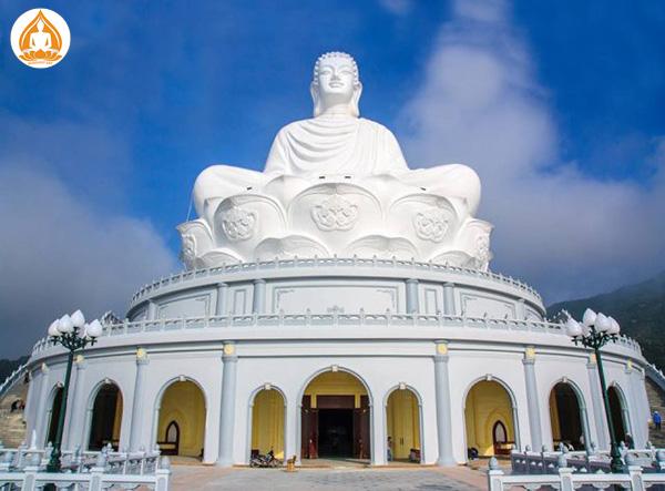 Tượng phật chùa Ông Núi bao nhiêu bậc thang