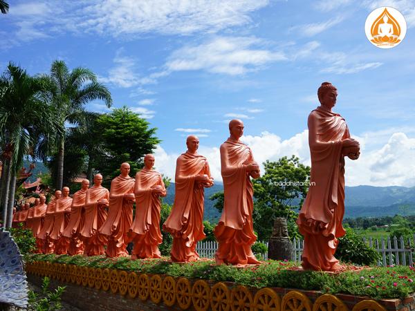 tuong-phat-bon-su-khat-thuc-doan-ti-kheo-4